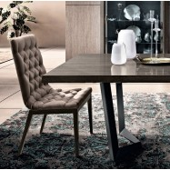 Capitone Dining Chair